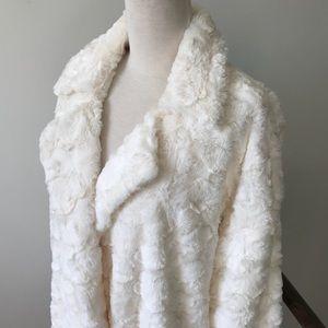 William B Creamy White Fall Coat - NWT